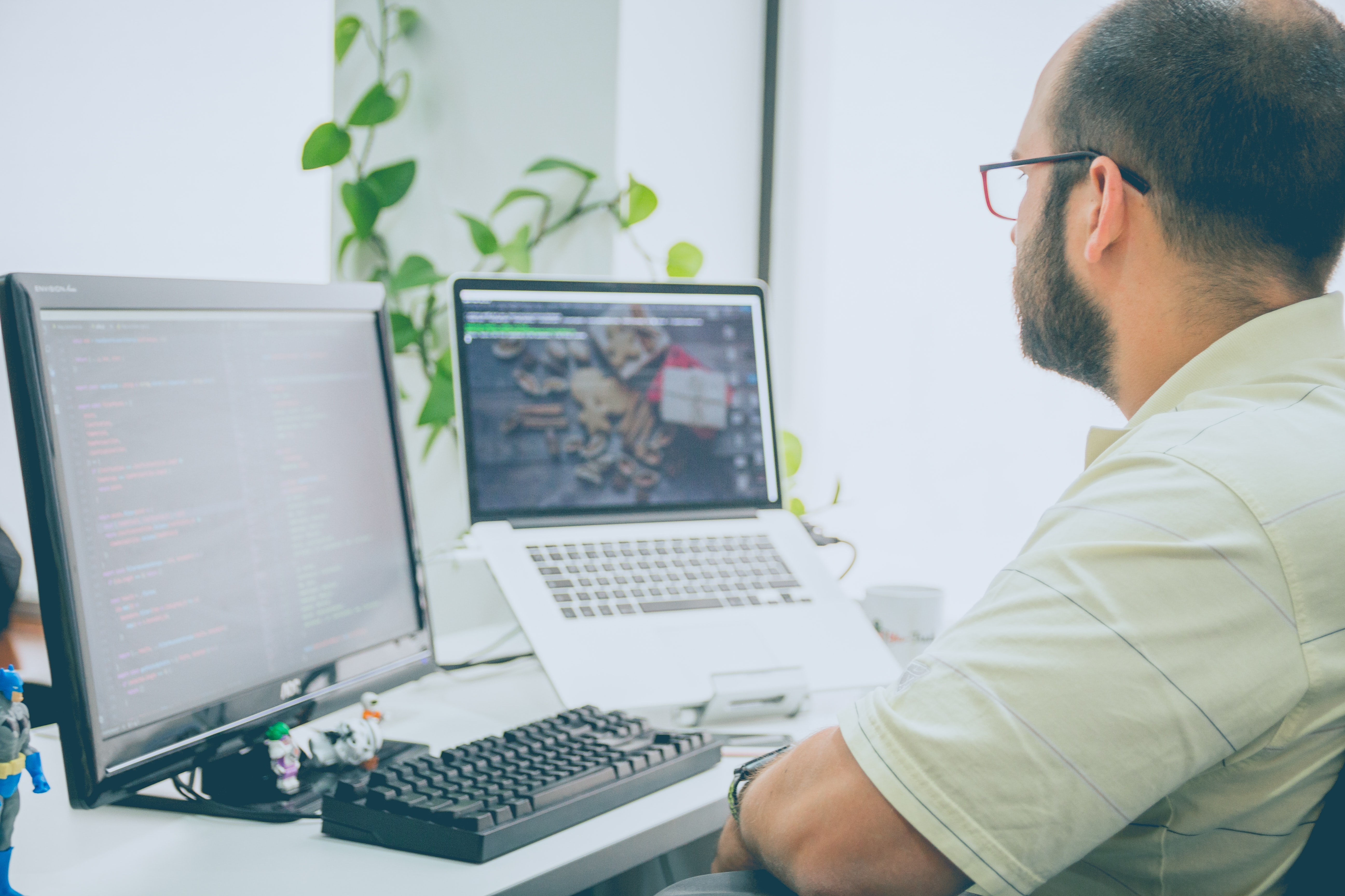 homme ordinateur