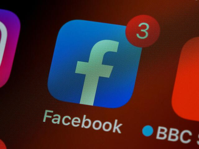 Dompter l'algorithme de Facebook pour gagner en visibilité
